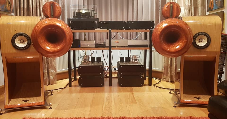Aries Cerat met Paul Pang audiofiele muziekserver en Dual OCXO Switch